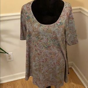 2 for $20 LulaRoe T-shirt